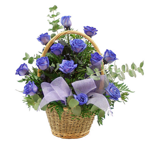 2063 - Basket of Blue Roses